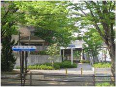 九十九坂 津雲台の名前の由来である「九十九」にふさわしい坂道の多い道
