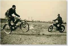 1956 Walter Gsöll auf Puch MV50 macht mit seinen Freunden die Umgebung unsicher