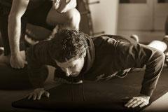 Training mit dem eigenen Körpergewicht Power Fitness Personal Training Basel