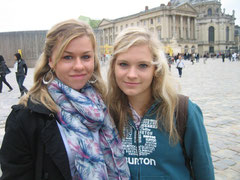Schloss Versailles im Hintergrund