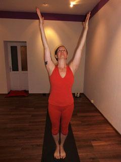 monki Yoga Caprice Tadasana