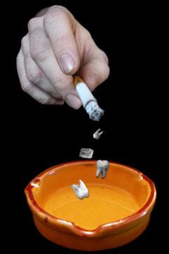 ParoSphère | Tabac et parodontite. Crédit photo: © ParoSphère.