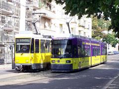 KT4D und GT6N in der Gleisschleife Gudrunstraße am Bahnhof Lichtenberg (Bild Wikipedia)