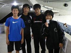 左から角田、西原、山本(キャプテン)、今岡、各選手