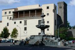 OmoGirando la Rocca Albornoz