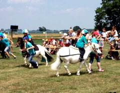 Mini-Mounted Games im Skyline Park
