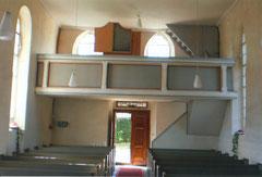 Rückblick auf den Kircheneingang