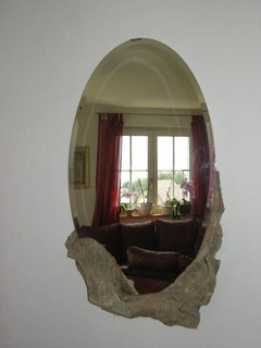 Spiegelschnitzerei