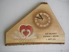 Hochzeitsuhr geschnitzte Tafel Hochzeitsschnitzerei