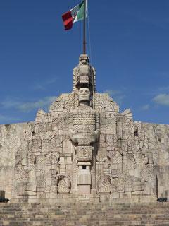 Monumento a la Patria, auf dem die Geschichte Mexicos verewigt ist