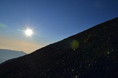 Der steile Weg auf den Gipfel