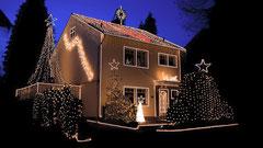 Das Weihnachthaus Neuwied ist ab 02.12 für Euch beleuchtet!!