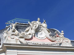Giebel am Barockschloss Benrath