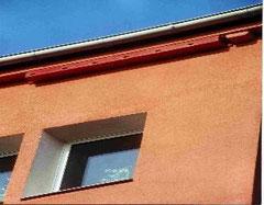 Diese Ersatznistkästen für Mauersegler an einem Gebäude der GWG Weimar, Heldrungerstraße 7, sind jedes Jahr ab etwa Ende April bis Anfang August besetzt.