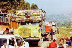 Im Stau auf dem Weg nach Pokhara