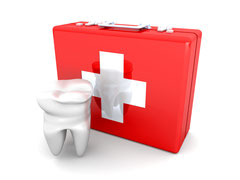 Zahnaerzte Notdienst Weiden und Neustadt / Waldnaab: Wo gibt´s Hilfe bei Zahnschmerzen am Wochenende?  (© Spectral-Design - Fotolia.com)