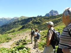 In der Gruppe den Berg erfahren, Meditation in der Natur! Naturerlebnis der besonderen Art wegezumsein.com
