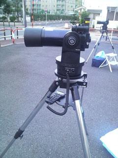 観望用の望遠鏡