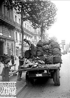 Livraison du charbon à Paris en 1940