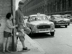 """Taxi Peugeot 403 diesel dans le film d'Yves Robert """"Bébert et l'omnibus"""""""