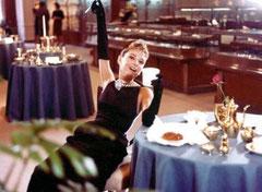 映画『ティファニーで朝食を』より オードリー・ヘップバーン