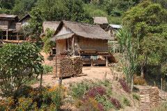 Einfaches Dorf in Laos.