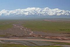 Blutroter Fluss aus dem Pamirgebirge.