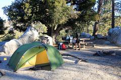 Komfortable Campingplatz-Infrastruktur.