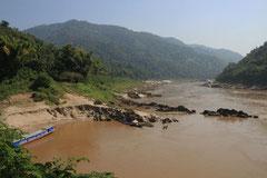 Wenig Wasser führender Mekong.