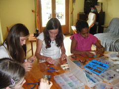 Atelier création de bijoux pour un anniversaire