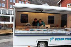 Ute und Andreas Friemann auf dem Torget i Odda