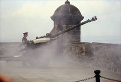 Edinburgh Castle, One o'clock gun