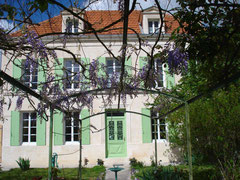 French school in manor house