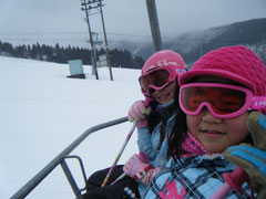 娘の友達連れてまたまたスキー…ハシャギようが格段に違うんだけど(;´∀`)