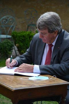 Xavier Darcos, Chancelier de l'Institut de France.