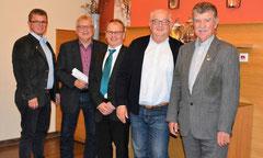 v.l. Bgm. Martin Birner, Johann Fischer, Johann Herl, Josef Schönhammer, stv. Landrat Jakob Scharf