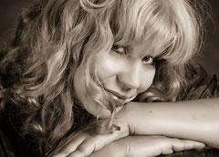 Tyra Reeves, Indie Autorin, Fantasy Autorin,