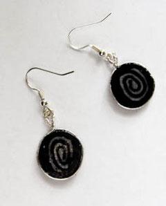 Schmuck Ohrringe schwarz silber mit Silberdraht eingefasst Fimo