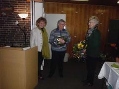 D. Lorenz verabschiedet Ilse Hennings und Telse Harders
