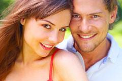Was ist besser, wenn einzelne Zähne fehlen: Eine Brücke oder ein Implantat?