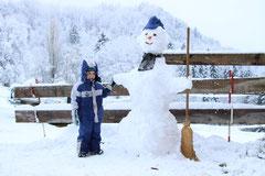 grosse Schneemänner