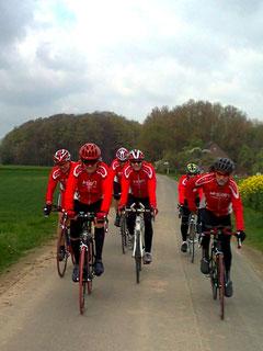 Steffen, Wilhelm, Roland, Ralf, Jürgen und Udo (Gordon und Rolf fehlen auf dem Foto)