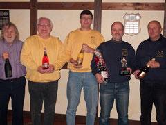 Das Bild zeigt von links nach rechts die Sieger des Champagnerpokals mit Dieter Rybakowski, Ernst-Gerhard Flenner, Thomas Trautmann, Hans-Jörg Reuter und Dieter Bauer.
