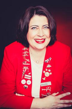 Stefanie Schwarz - selbständige Schönheitsconsultant - Beauty Consultant und Teamleader mit Mary Kay - Spezialist für Visagistik, Schminken und gesunde Hautpflege