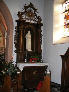 Seitenaltar aus dem 18. Jahrhundert