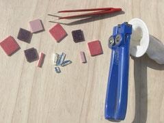"""Pince de mosaïque """"Zag-Zag"""", émaux de Briare, grès cérame et miroir"""