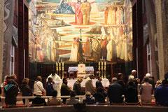 Célébration en la basilique de l'Annonciation à Nazareth pour les pélèrins de la paroisse Ste Bernadette en mars 2019