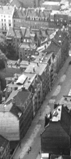 Schillerstraße 7 (links unten zeites Haus)