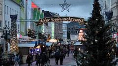 Hofer Weihnachtswelt in der Fußgängerzone der Altstadt in Hof 2011