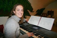 Mag. Petra Fichtenbauer weist eine Vorliebe für christliche Lieder auf. Foto: WaPA